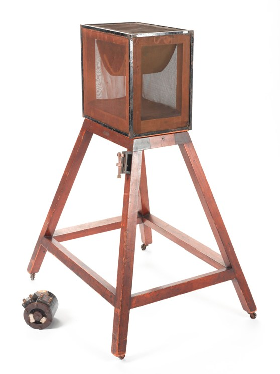 Colour photograph of a 1923 meat stand with accompanying magnetophone