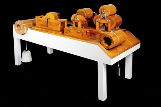 Colour photograph of a friction experiment model from a design by Da Vinci