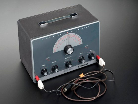 Colour photograph of a sine square wave generator